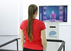 Zobacz jak działa Neuroforma PRO - urządzenie do rehabilitacji ruchowej, poznawczej i kontroli równowagi